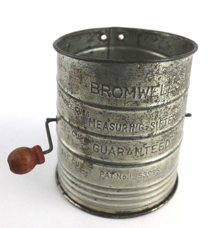 Antique Red Handle & Wood Bromwells 3 Cup Flour Sifter