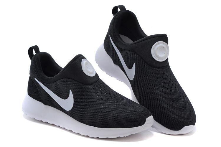 db44ec9ae0610 Nike Roshe Run Mens Black white Shoes