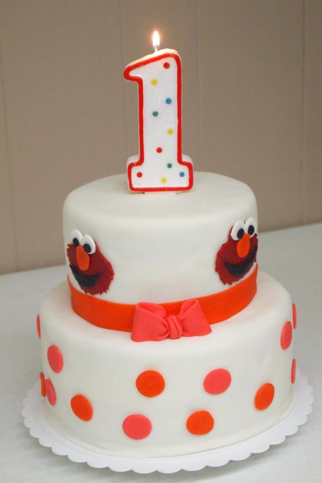 Elmo cakejust one layer Cake decorating ideas Pinterest