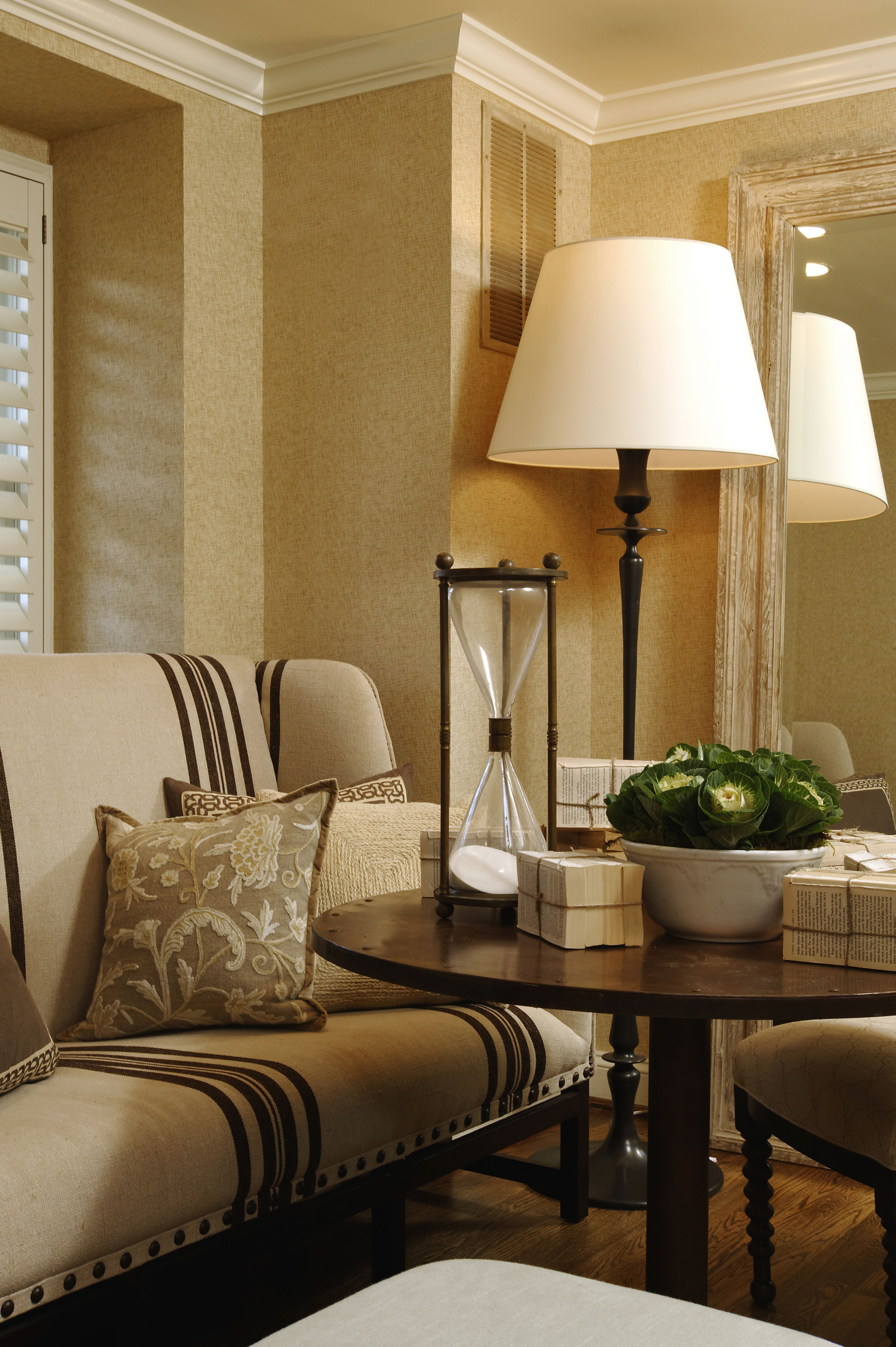 Interior Design Ideas For Sitting Rooms: My Front Sitting Area...raffia Wallpaper Needed Texture