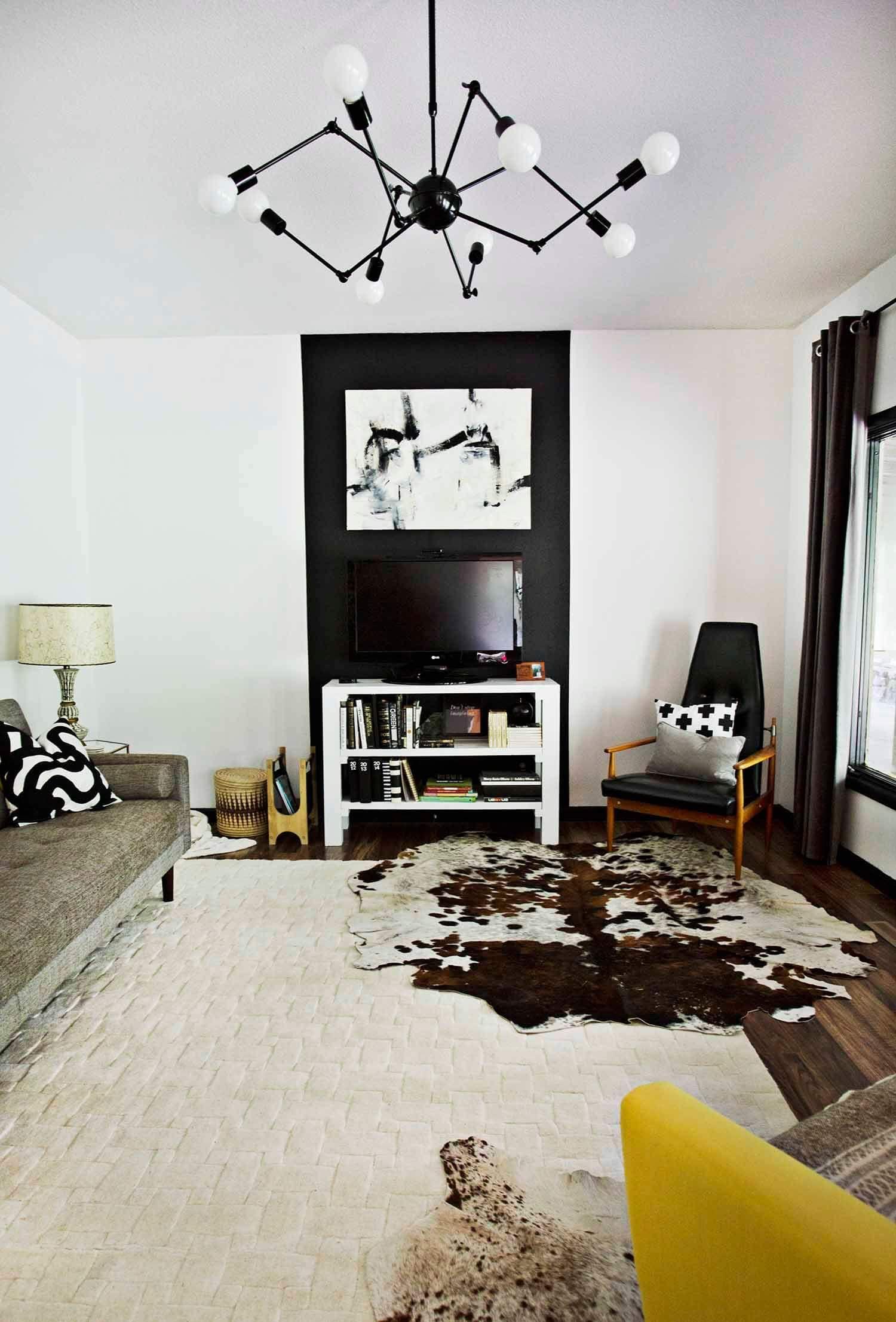 Progress Report Tv Living Room A Beautiful Mess Accent Walls In Living Room Living Room Tv Living Room Wall