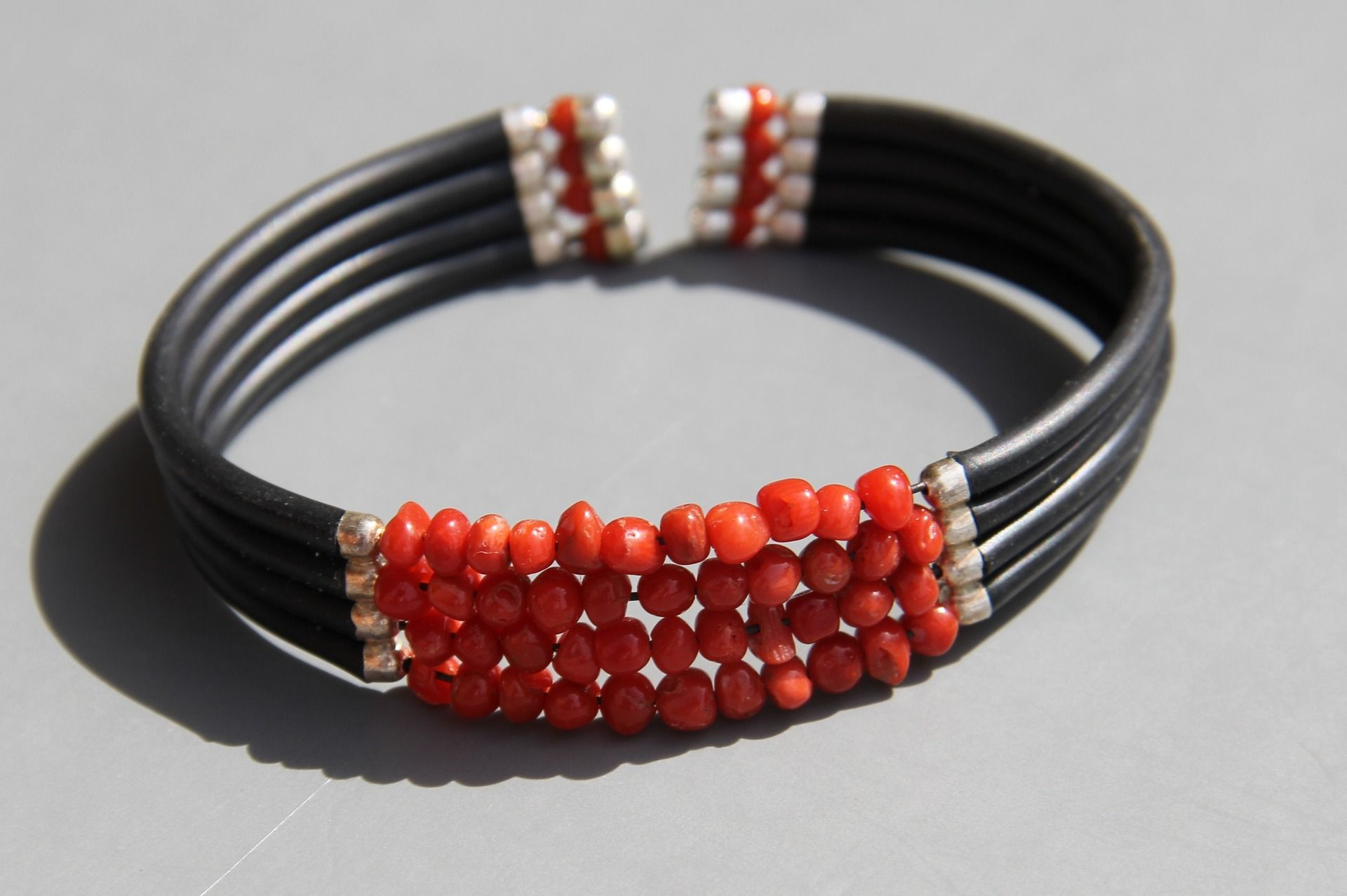 collier corail homme