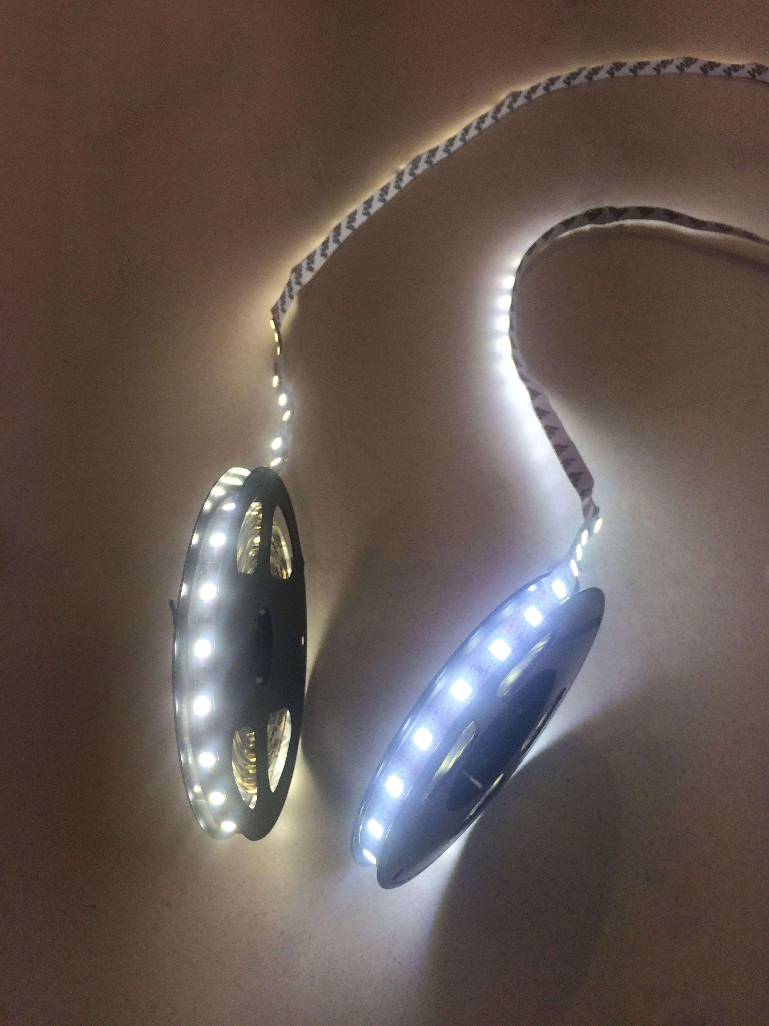 5050 VS 5054 Veuillez découvrir notre nouveau Ruban LED 5054 avec