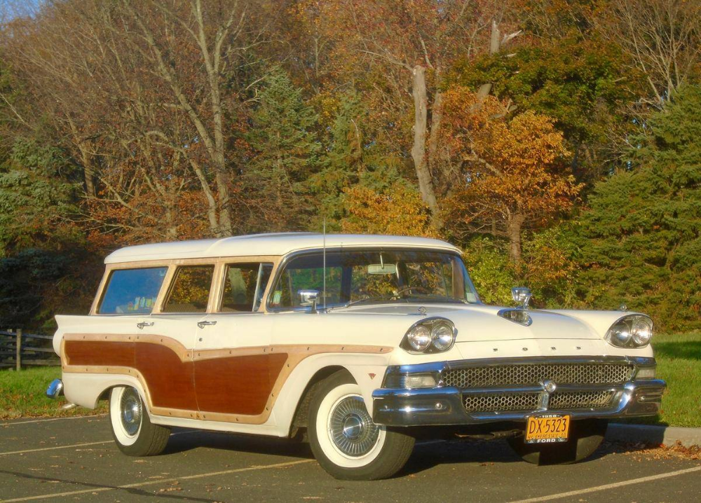 Pin By L Scott Pearson On Station Wagon Old Classic Cars