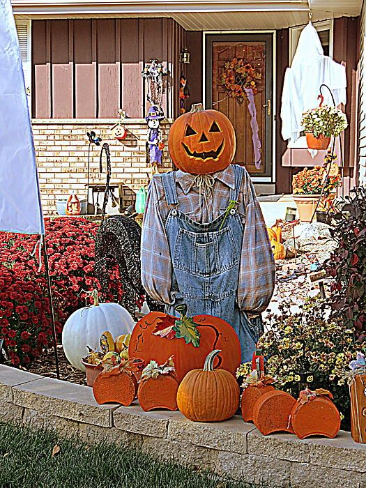 Happy Halloween --- Kay Novy.   http://kay-novy.artistwebsites.com/featured/happy-halloween-kay-novy.html