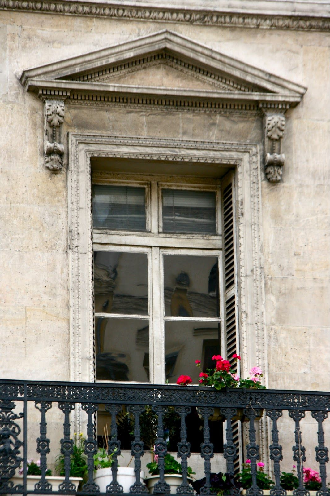 balconies in Paris