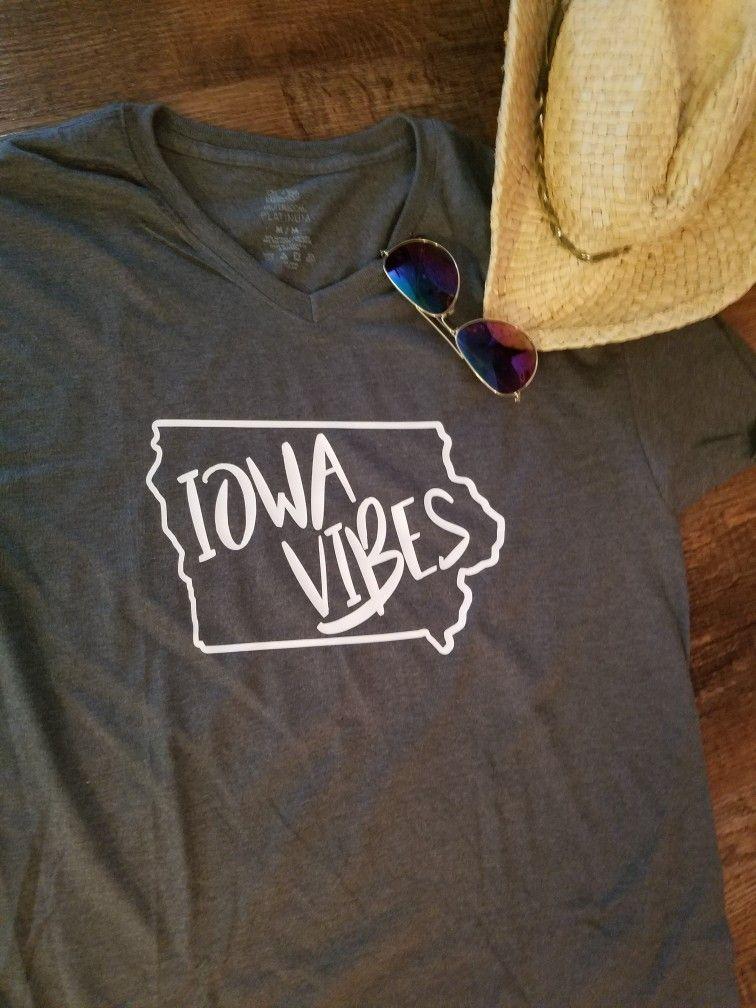 845bdaea47f92 IOWA VIBES T-Shirt