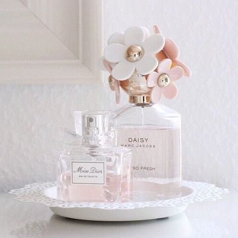 Lets talk perfume Will you use your signature scent or try something new Comment below with your wedding day scent