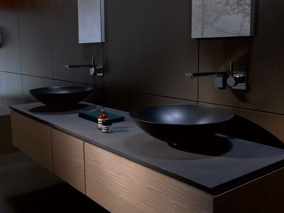zwarte wastafel van composiet via burgmans sanitair #badkamer, Badkamer