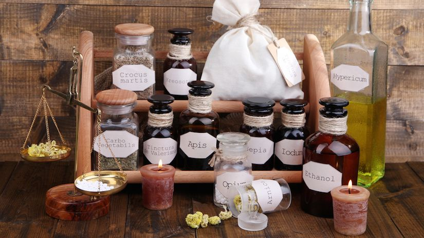 How to Make Your Own Herbal Medicine Tincture (VIDEO) | Tinctures