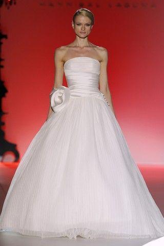 Hannibal Laguna - 2013 Collection - Barcelona Bridal Week - Crepe