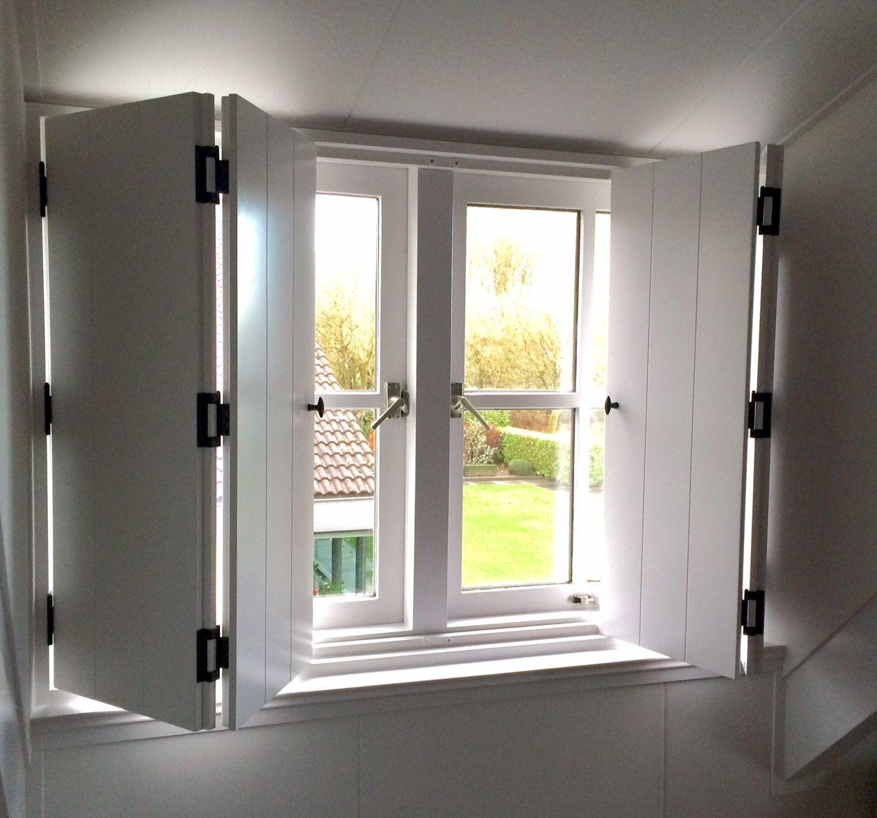 binnenluiken #shutters #interieur. Luiken voor ramen in dakkapellen ...