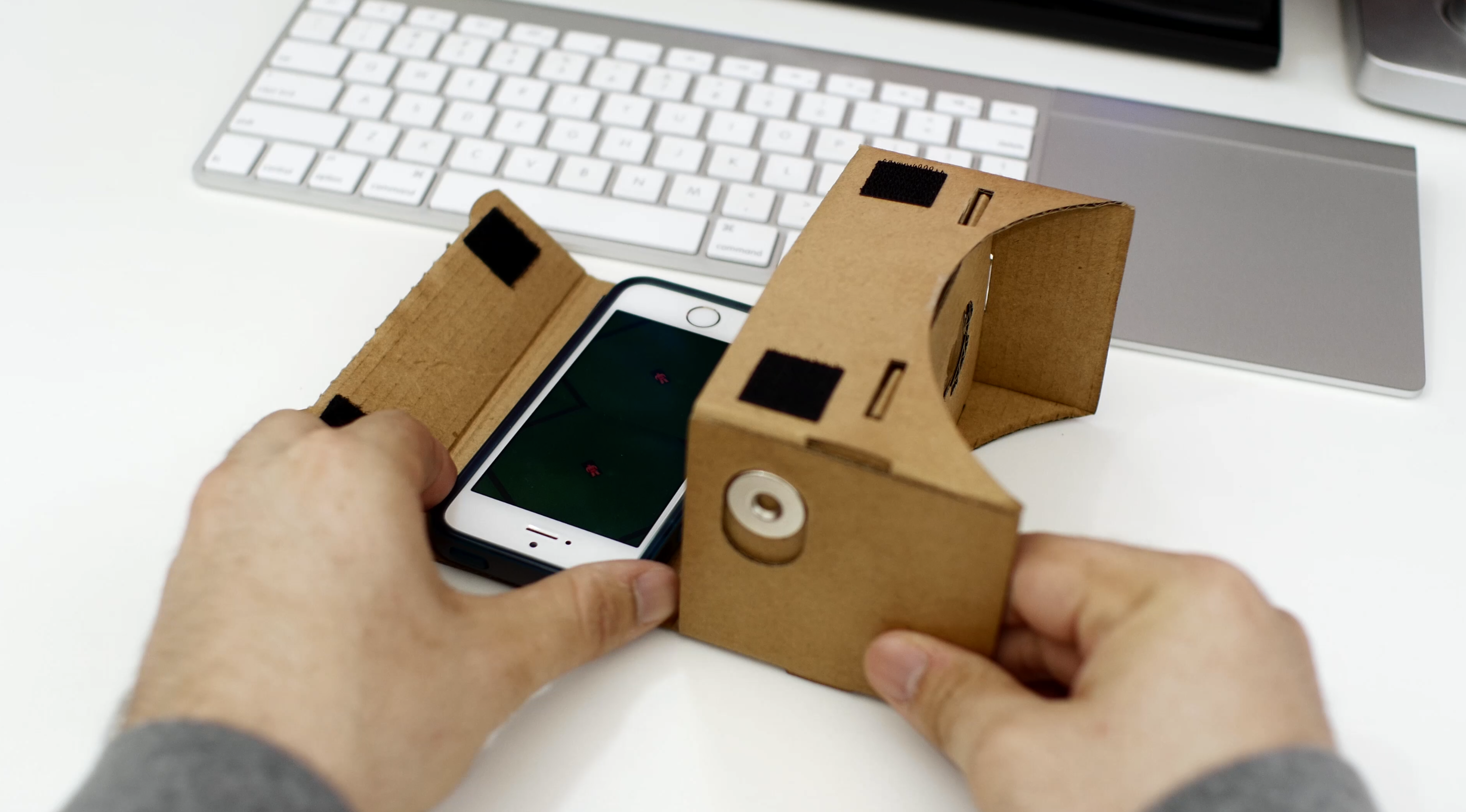 Google How to Use Cardboard Awesome Cardboard VR Headsets