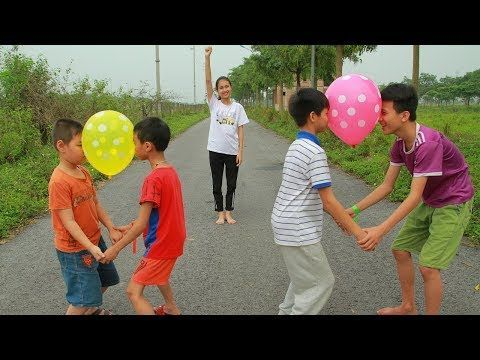 Kids go to School with move balloons games | Kids ... - #balloons #Games #Kids #move #sack #School #buildingahouse
