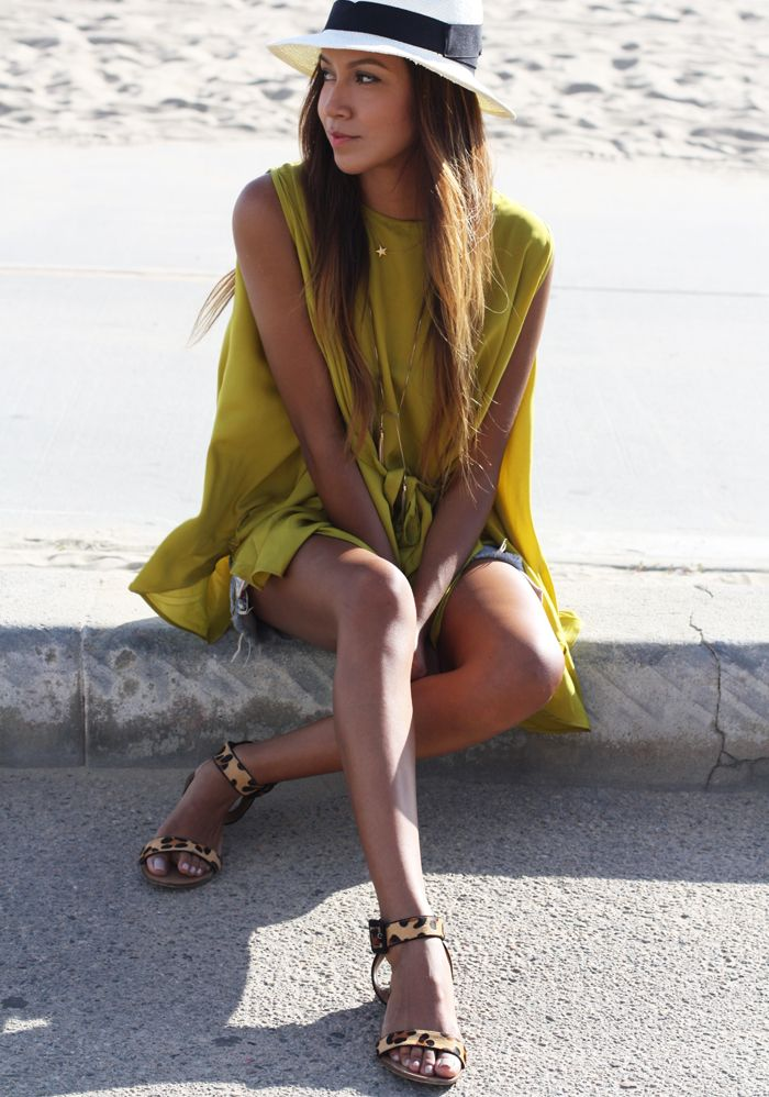 Always love this citron color.. + the touch of leopard.. <3!