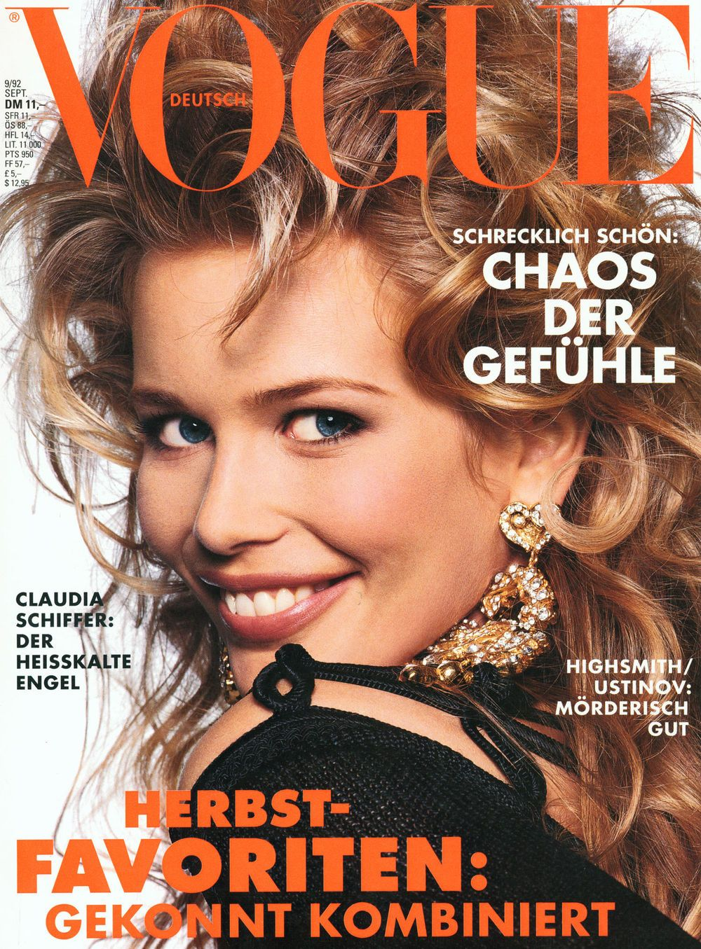 Claudia Schiffer Throughout The Years In Vogue Claudia Schiffer Vogue Germany Vogue Deutsch