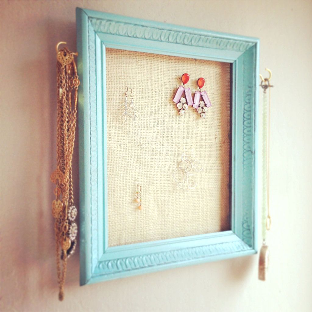 Upcycle a Picture Frame Into This Cool Jewelry Organizer | Bricolaje ...