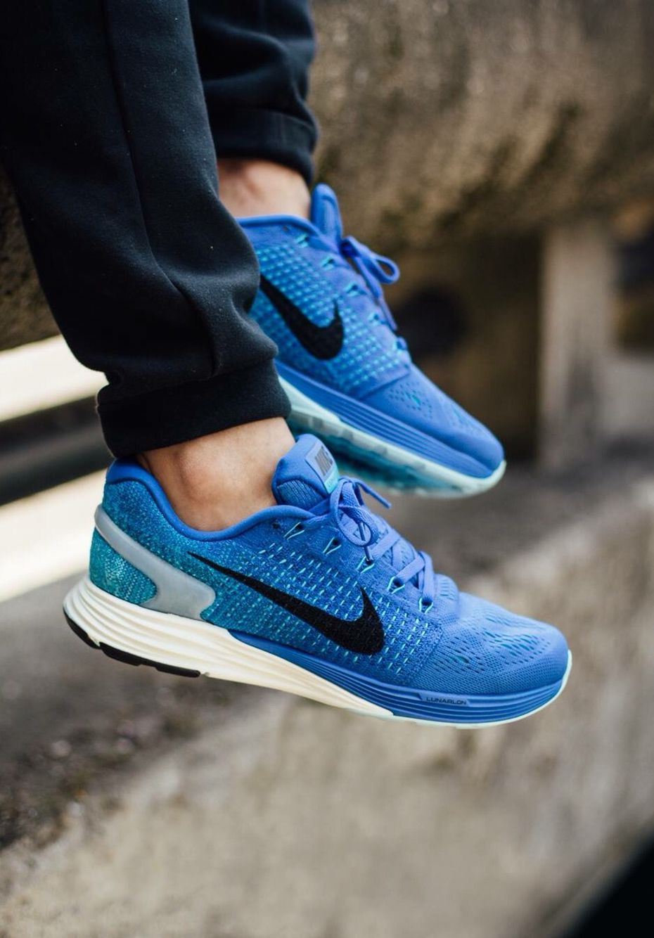 more photos 85ef1 3f629 Nike Lunarglide 7: Blue | Shoes | Sneakers nike, Nike pants ...