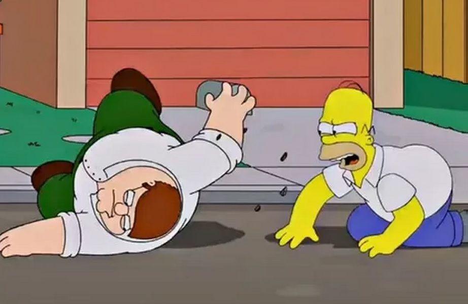 """As primeiras imagens do encontro de """"Os Simpsons"""" e """"Uma Família da Pesada"""""""