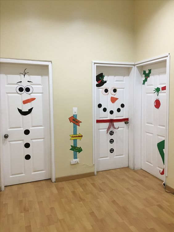 How to Make Super Easy Christmas Decorations - Doors #christmasdeko