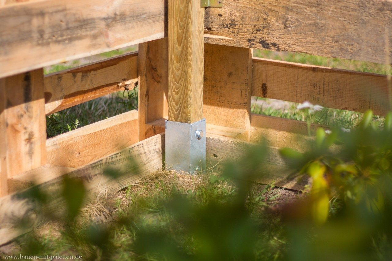palettenzaun - einen zaun aus paletten selber bauen - anleitung