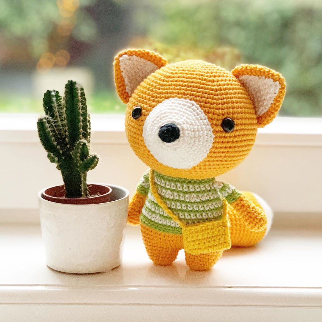 Ravelry: Sitting Fox pattern by i crochet things | 1080x1080