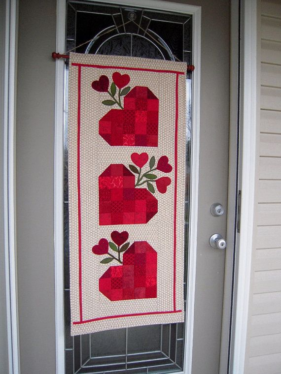 quilted wall hanging valentines handmade table runner on wall hangings id=93720