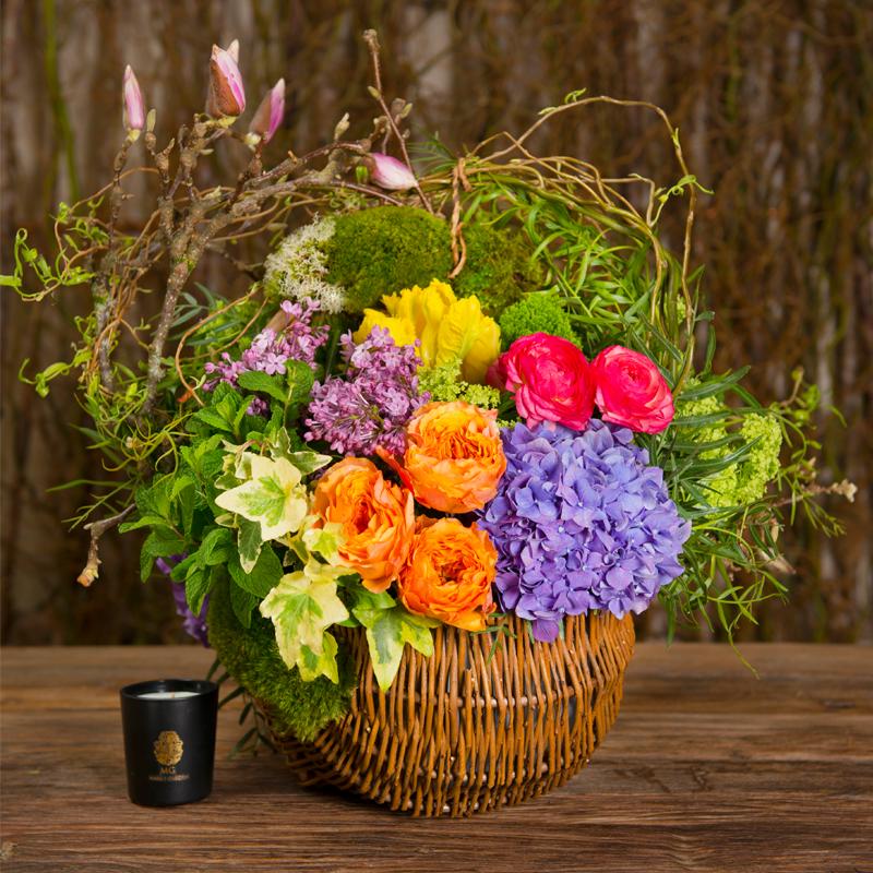 English Garden Basket In Bright Tones In Sherman Oaks Ca Mark S Garden Fleurs Panier