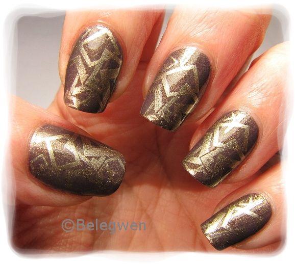 Nail Art by Belegwen: Ruskeaa ja kultaa