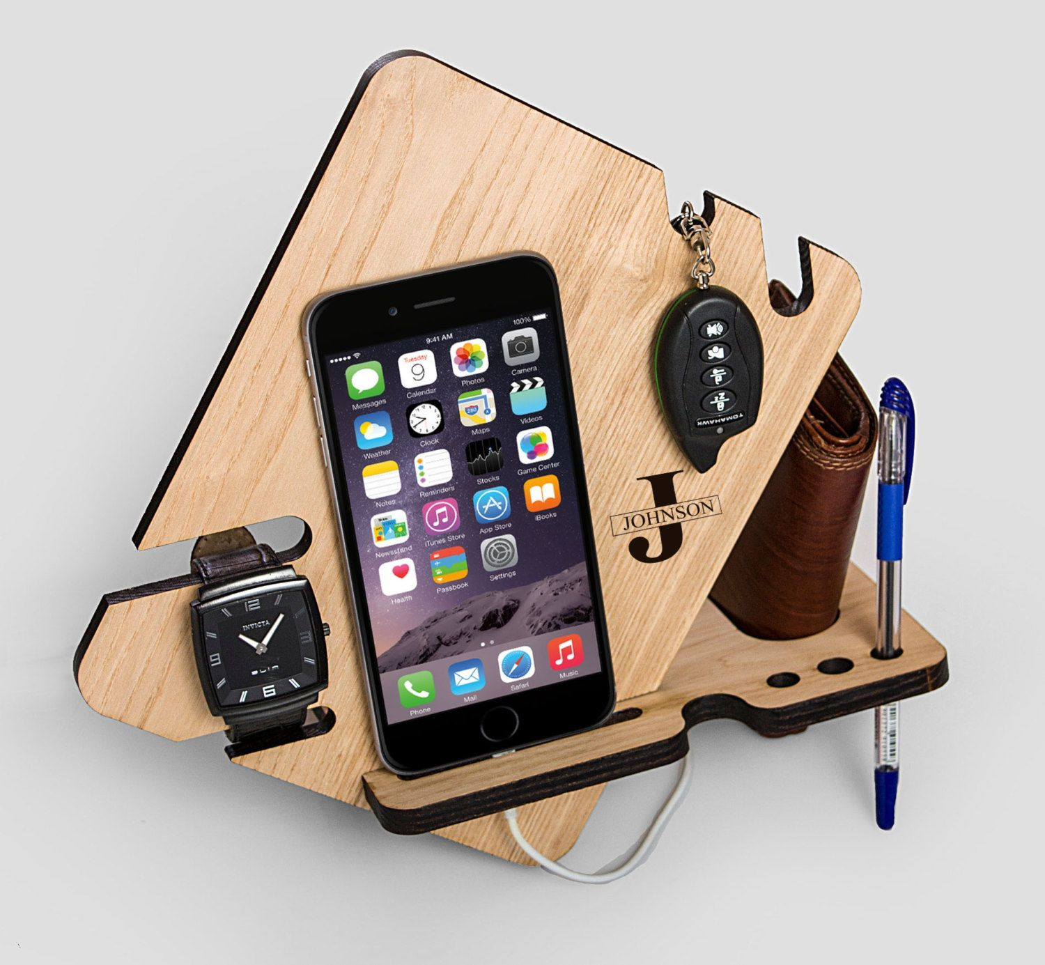 watch eye and valet docking station for iphone 6s. Black Bedroom Furniture Sets. Home Design Ideas