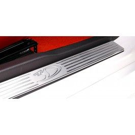 http://www.vehicleparts4you.com - Ford Mustang 2005-2009 Billet Aluminum Door Sills.
