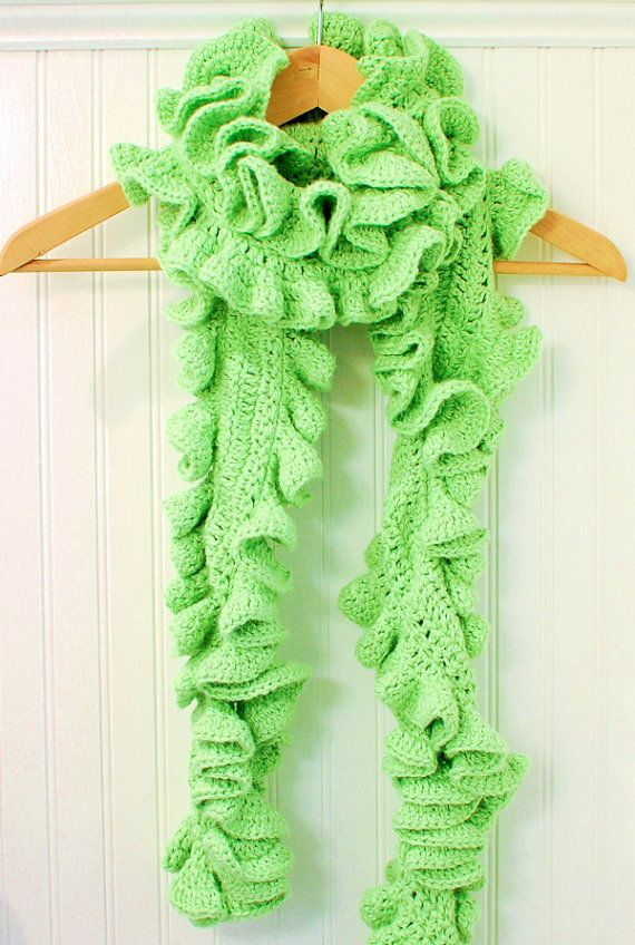 Crochet Pattern Ruffle Scarf Pattern two sizes por petalstopicots ...