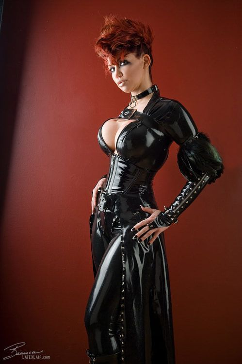 Latex Pinup Bianca Beauchamp … more in her website : www ...