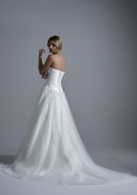 Opulence Bridal | Rich and of Superior Quality #Bridal #Gowns