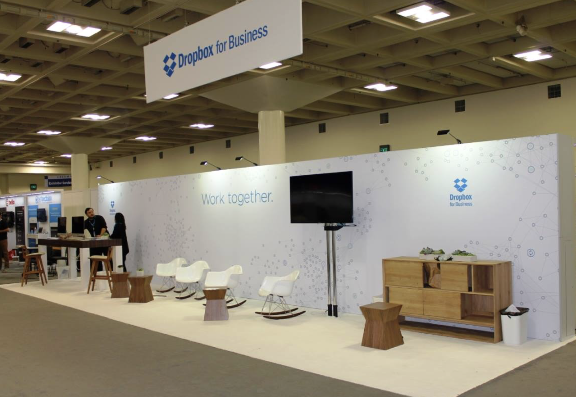Trade Show Booth Walls : Tension fabric trade show portable back wall