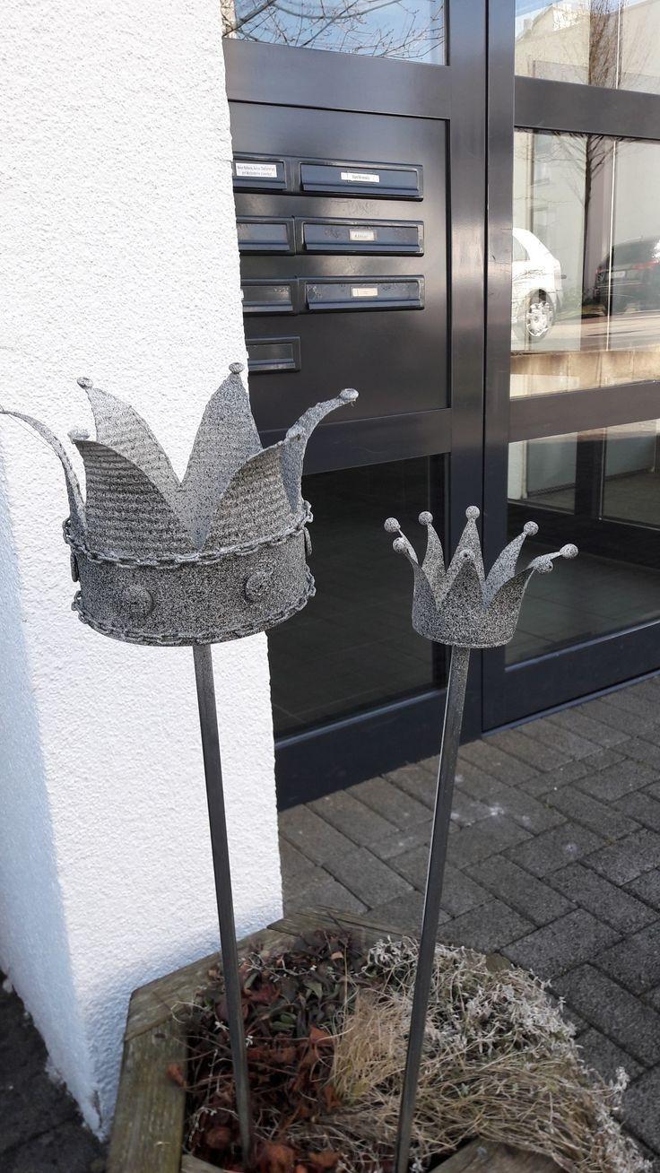 Crowns tutors  # crowns #metall #Tutors