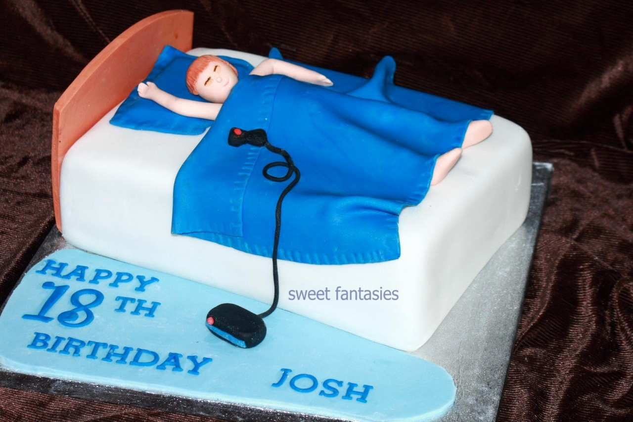 Birthday Cakes For 18 Year Old Male Google Search Torta Para