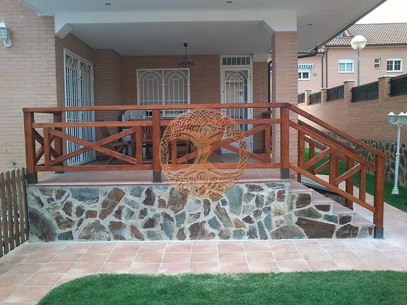 Vallas de madera en madrid desde 60 el m2 decora madera baranda madera y vallas de madera - Barandillas de madera exterior ...
