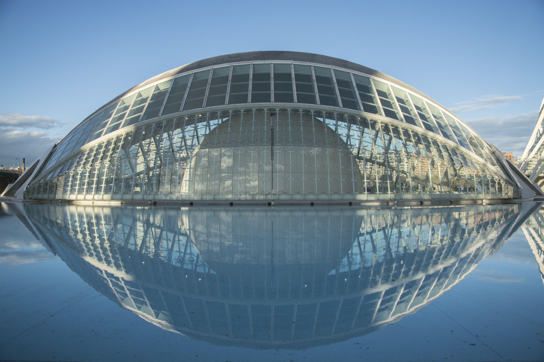 El Ojo Que Todo Lo Ve Ciudad De Las Artes Y Las Ciencias De Valencia Architectuur