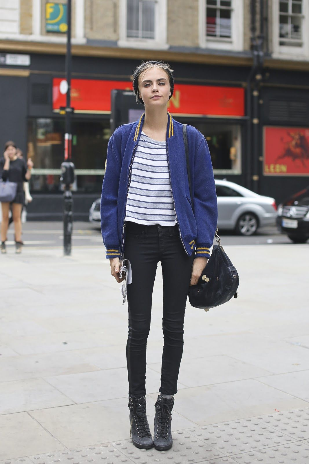 97d2d39383b1be Cara Delevige Hipster Outfit Fashion Model
