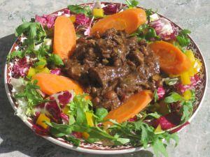 Pulled Beef Pa Oxsvans Med Indiska Kryddor I Crock Pot Mat Crockpot Garam Masala