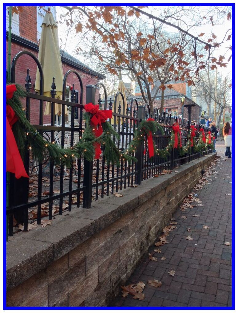34 reference of outdoor fence christmas decorations -   18 christmas decor outdoor fence ideas