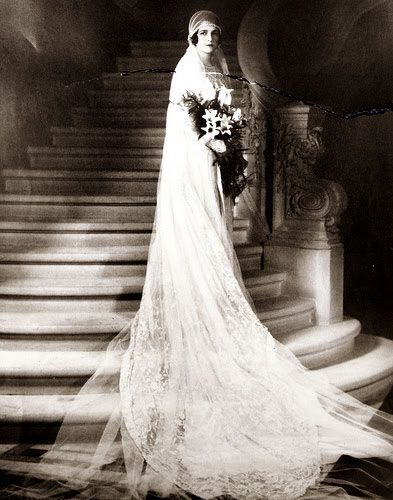 Vintage Wedding Gowns 1920s