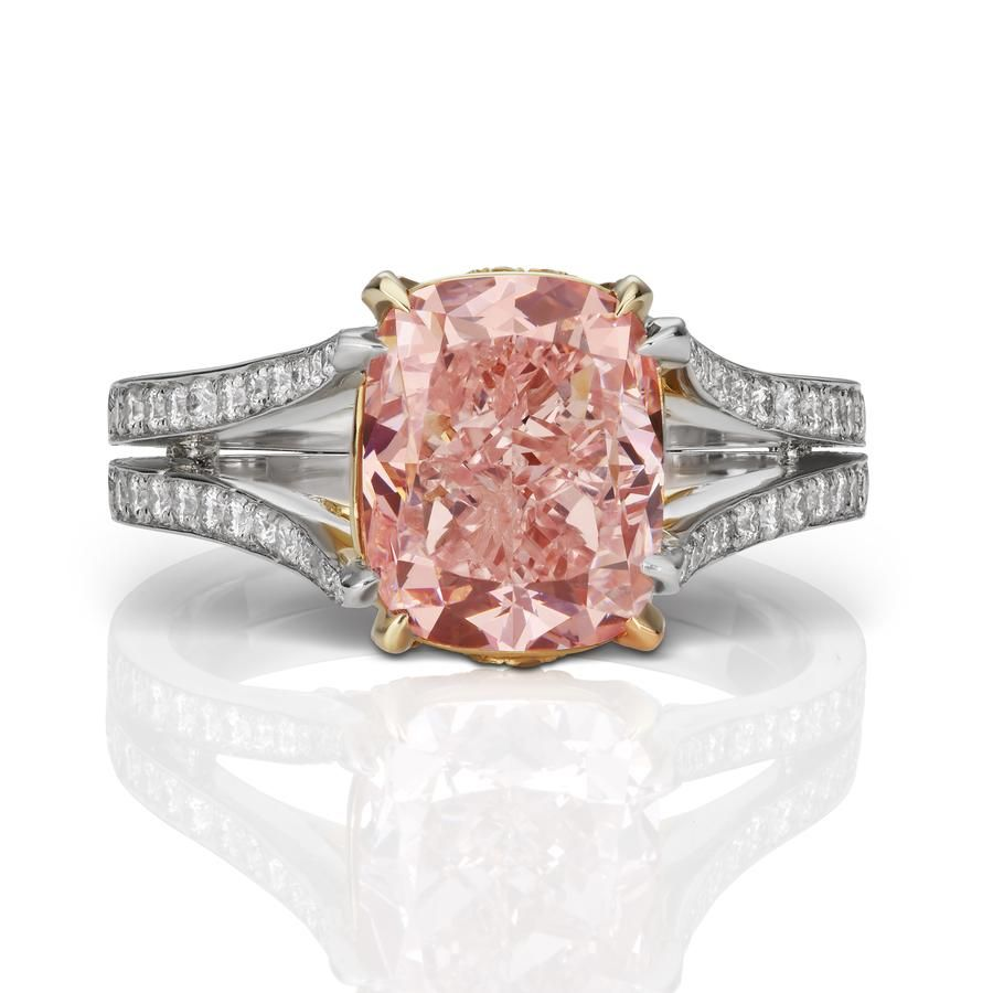 Creativity meets beauty in this 4+ carat Fancy Pink diamond ring ...