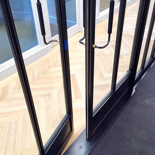Custom doors @ interior partition system #design_fab #custom_metalfab #steel_glass #blackoxide #thinkingmaking #interiors #builtnotbought #bklynbuilt