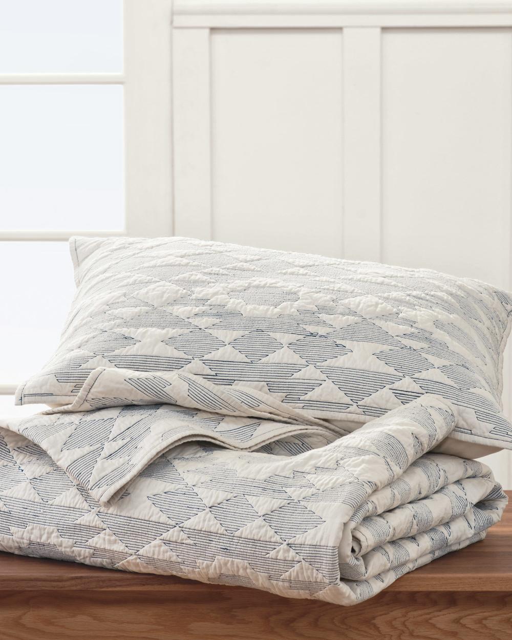 Yuma Star Stitched Quilt Set Pendleton Bedding Sets Master Bedroom Quilts Master Bedroom Quilt Sets
