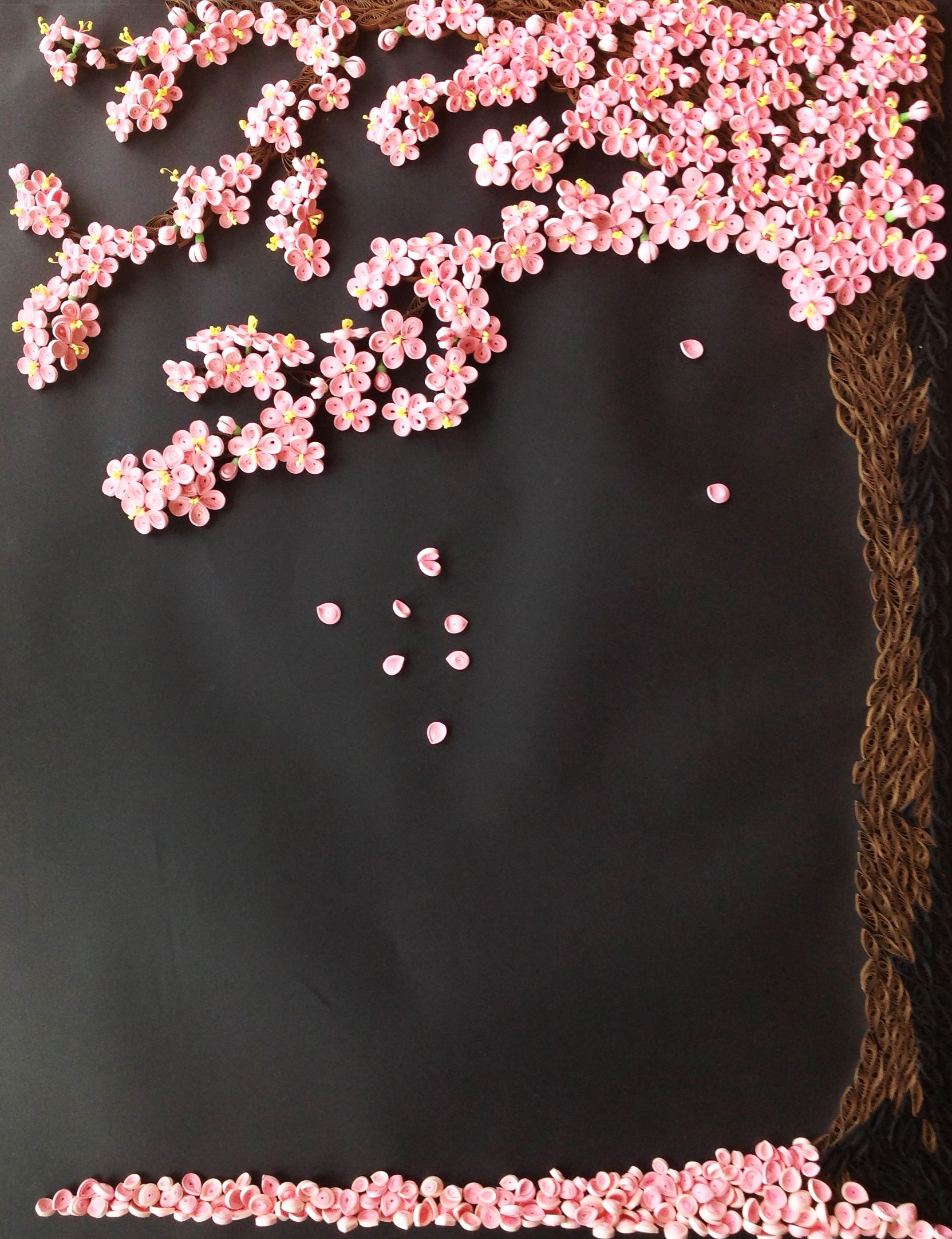 Sakura Tree More Than 1 000 Paper Petals 61 X 82 Cm By Yesterday S News Today S Accessor Paper Quilling Flowers Quilling Paper Craft Paper Quilling Designs