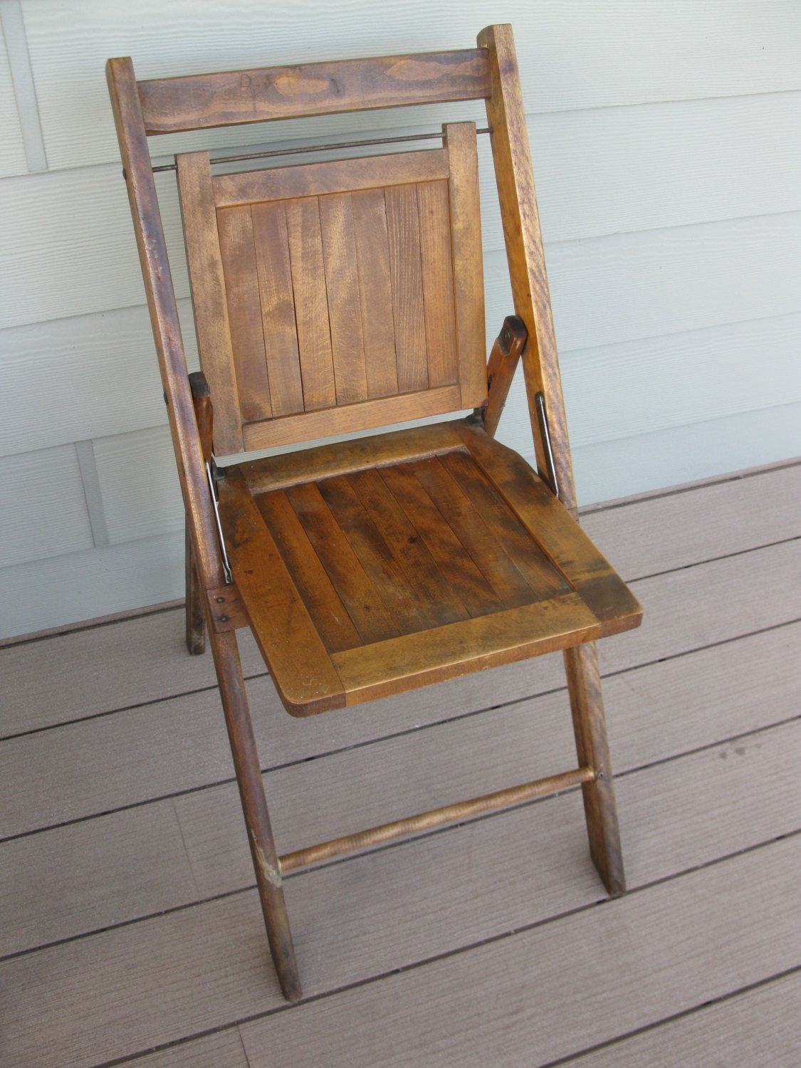 Wood Folding Chair- Wood Slat Chair- Sturdy- School Chair- Church- Antique - Wood Folding Chair- Wood Slat Chair- Sturdy- School Chair- Church