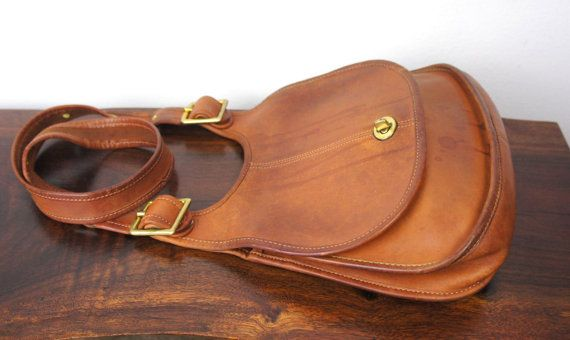 Vintage Coach Saddle Bag Side Pouch Purse