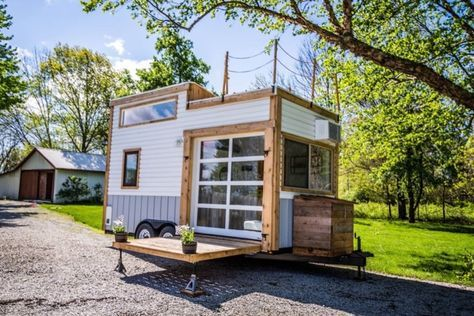 Two Deck Indianapolis Tiny House In Zionsville Indiana Tiny House Vacation Tiny House House On Wheels